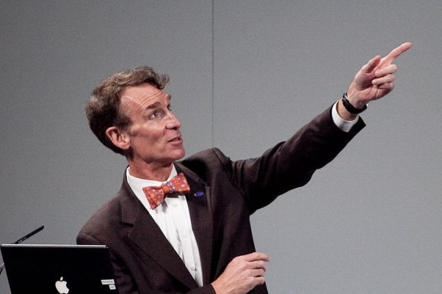 Bill Nye, making a point. (Photo via WikiMedia Commons)